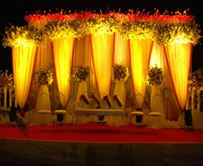 Goa wedding decorators bridal stage decoration in goa wedding bridal stages decoration junglespirit Image collections